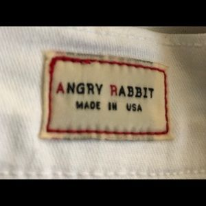 ANGRY RABBIT White Jeans. Great feel!